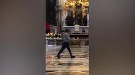 Vaticano, dà in escandescenze nella Basilica di San Pietro: fermato un ragazzo tedesco
