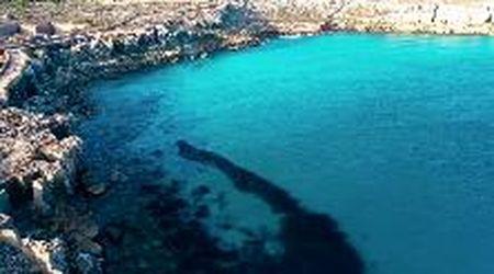 La tonnara, il castello e le spiagge: Favignana vista dal drone
