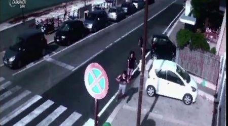 Branco ferisce 15enne a Bari, le immagini dell'inseguimento che hanno portato a 5 arresti