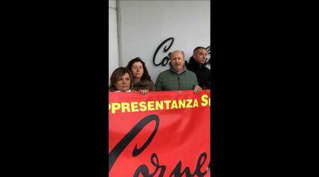 Esuberi Corneliani, le lavoratrici chiedono il sostegno del testimonial Mengoni