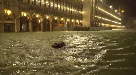 Maltempo, acqua alta storica a Venezia: Piazza San Marco sferzata da venti tempestosi