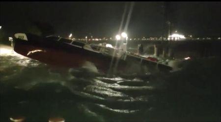 Disastro a Venezia, decine di salvataggi per l'acqua alta eccezionale
