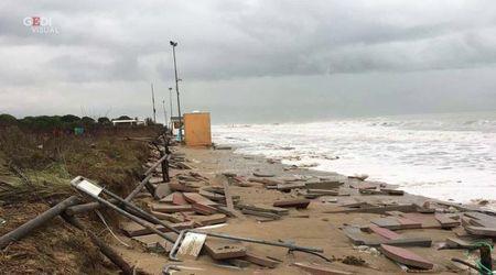 Violenta mareggiata a Jesolo, le ferite inferte alla città e al litorale