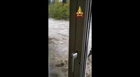 Maltempo, l'acqua fra le case a Rastignano
