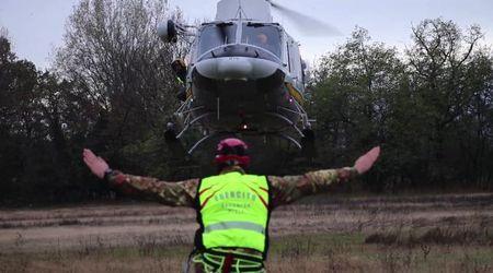 Elicottero, corde e ramponi: a Pinerolo l'addestramento estremo degli specialisti del soccorso alpino