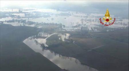 Il Veneto allagato visto dall'elicottero dei Vigili del fuoco