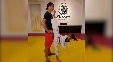 Ibrahimovic e la bambina: la baby campionessa lo sfida a taekwondo, lui rimane impassibile