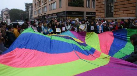 Pavia, bambini in marcia per la convenzione Onu sui diritti dell'infanzia
