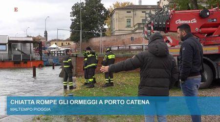 Laghi di Mantova: sparite le rive, la  chiatta di traverso