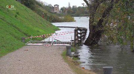 Il lungolago di Mantova sott'acqua