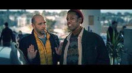 Checco Zalone canta il suo 'Immigrato': il videoclip aspettando il nuovo film 'Tolo Tolo'