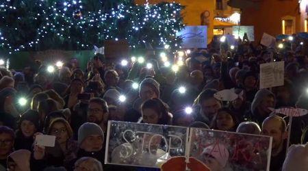 """Le Sardine in piazza a Trento: """"Qui per fare politica. Siamo tutti cittadini politici"""""""
