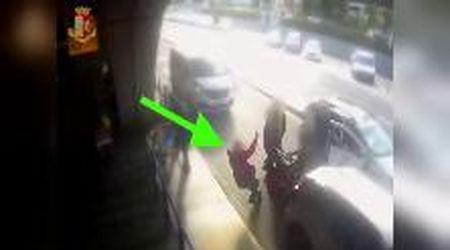 Fiumicino, cliente chiede applicazione del tassametro: tassista gli sferra pugno in faccia