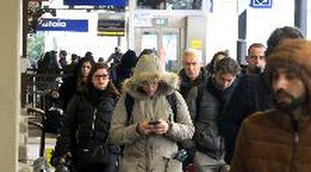 Dopo il terremoto tra i pendolari della stazione di Pistoia