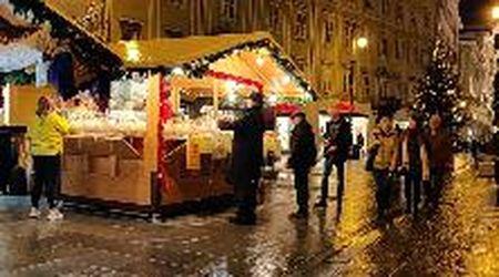 Tredici Paesi e 80 casette: a Trieste torna il mercatino di Natale