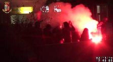 Il corteo e l'assalto al pullman dei Torino Hooligans