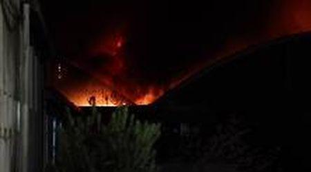 Una notte di fiamme distrugge la fabbrica di Larciano