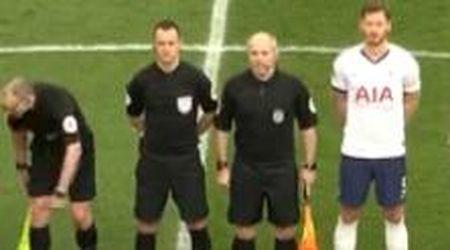 Bimbo ruba la palla agli arbitri prima della partita del Tottenham e segna un gol: stadio in deliro