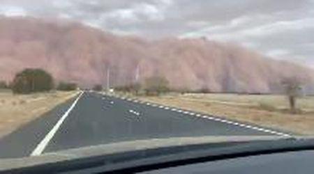 Australia, arriva la tempesta di sabbia: il timelapse è spaventoso