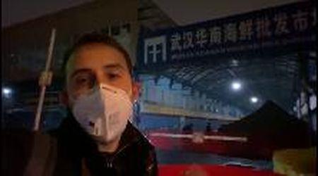 """Virus Cina, Santelli: """"Qui a Wuhan al mercato del pesce dove è iniziata l'epidemia"""" - videoreportage"""