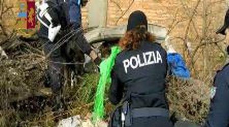 Il cane poliziotto trova un chilo di droga tra i rifiuti delle ex Reggiane