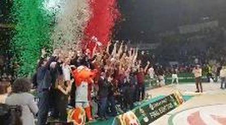 Reyer Venezia Coppa Italia. La premiazione degli orogranata dopo la vittoria