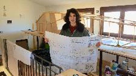 Alice, la studentessa che sogna lo spazio: in casa realizza un ultraleggero 8 metri per 6