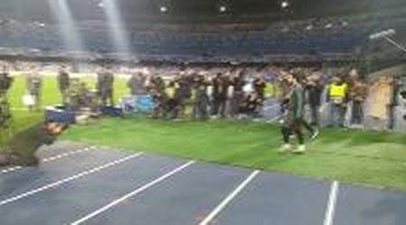 Napoli, emozione Messi: eccolo sul campo che fu di Maradona