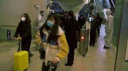 Coronavirus, dopo il blocco a Wuhan torna la vita: aperta la stazione ferroviaria