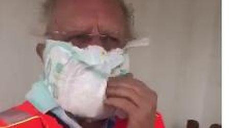 Coronavirus, il medico torinese lancia la mascherina fatta col pannolino