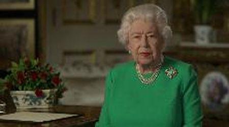"""Coronavirus, il messaggio della regina Elisabetta II: """"Se resteremo uniti e determinati, vinceremo noi"""""""