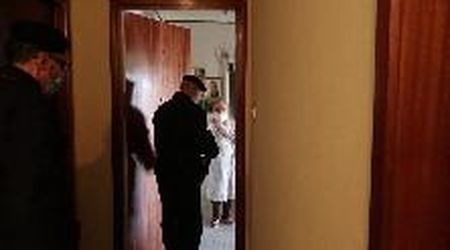 Trieste, i carabinieri consegnano la pensione a casa di un'anziana
