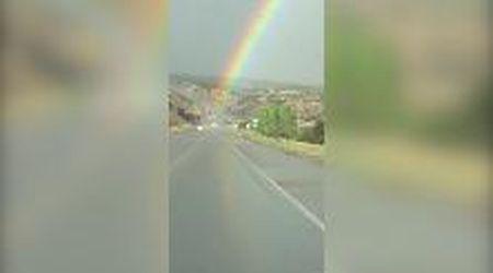 """Arrivare fino alla fine dell'arcobaleno: """"Ci stiamo passando attraverso"""""""