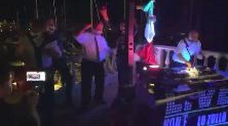 San Vincenzo, discoteca nel lockwdown sulla terrazza del Comune: sindaco e giunta scatenati. Il video finisce in Procura