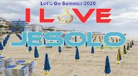 Jesolo 2020, la spiaggia si fa bella per l'arrivo dei turisti