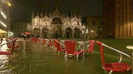 Acqua alta a Venezia: la marea fuori stagione arriva a 116 centimetri
