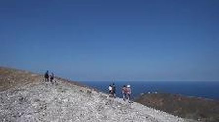 Vulcano, tornano i turisti tra salite al cratere e gite in barca