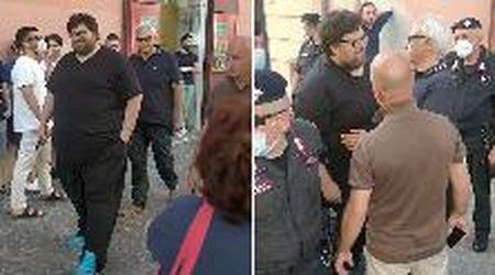 Pomigliano d'Arco, Adinolfi contestato: intervengono i carabinieri