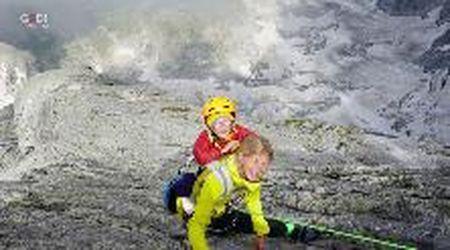 Il record del piccolo scalatore: a 3 anni raggiunge vetta a 3mila metri di quota