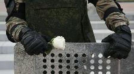 Bielorussia, le forze armate abbassano gli scudi in solidarietà con i manifestanti