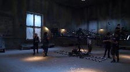 Bari, Lavia sul set dell'Uomo dal fiore in bocca: la stazione anni Trenta prende forma in 3D
