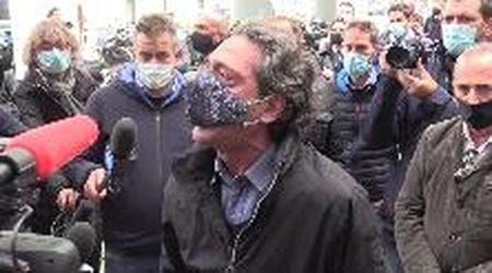 """Milano, la protesta dei ristoratori per il coprifuoco: """"Non siamo in guerra"""""""
