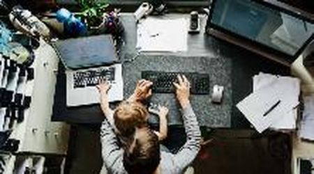 Oltre la metà dei dipendenti pubblici lavorerà da casa con più controlli: le regole