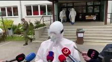 Slovacchia, il ministro della Salute si presenta così ai microfoni