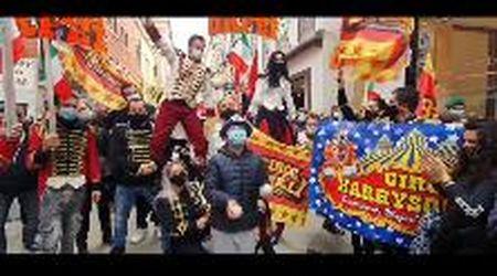 A Venezia la colorata protesta dei lavoratori dello spettacolo