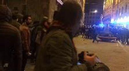 Firenze, scontri con la polizia alla manifestazione non autorizzata