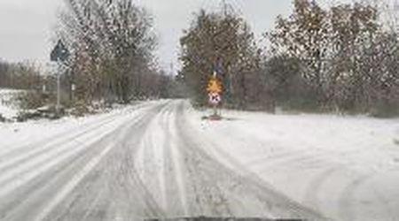 Sulle strade del Carso imbiancate dalla prima neve