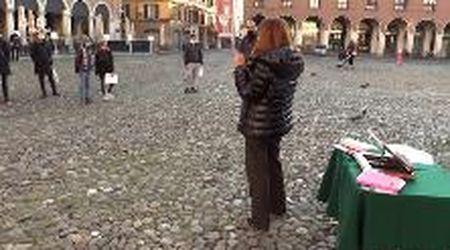 Modena, la scuola in presenza si fa in piazza Grande