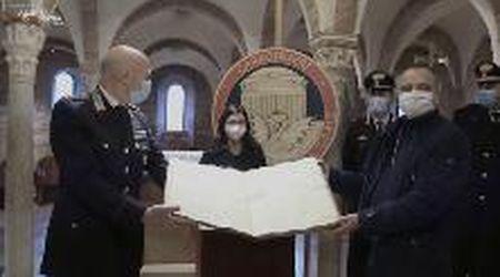 Nonantola, l'antico manoscritto ritorna  in Abbazia