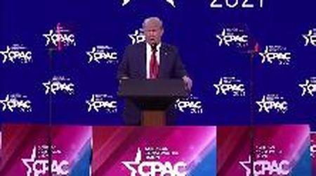 """Orlando, Trump torna in scena: """"Biden disastroso, non farò un nuovo partito. Mi preparo per incontrarli di nuovo""""."""